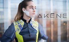 La jeune marque AKENE présente sa première collection, inspirée d'architecture moderne, du #sportswear et du monde digital.