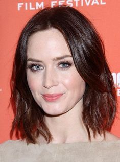 Hairstyles for Oblong Faces 12