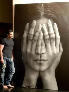 Hyperrealistic Oil Painting Reflects Our Lack of Anonymity