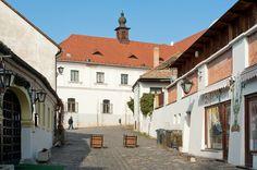 """Dunaj - Szentendre (Węgry) - """"Miasto malarzy"""", """"miasto baroku"""", """"miasto wież"""", """"Włochy nad Dunajem"""" czy """"miasto Serbów"""""""