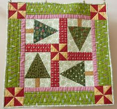 A Quilting Life - a quilt blog: December Small Quilts Parade