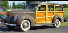 1940 Ford Deluxe Woody Station Wagon