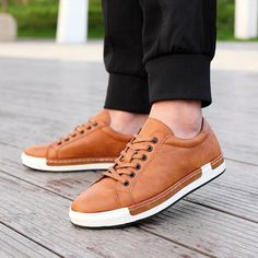 Men's Leather Flats Shoes Lace-Up Shoes Simple Stylish Oxford Shoes Women's Shoes, Shoes Sneakers, Male Shoes, Shoes Style, Dress Shoes, Mens Brown Casual Shoes, Men Casual, Leather Men, Leather Shoes