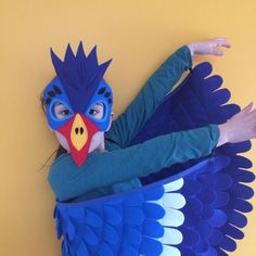 Blue Hornbill Costume Set / Felt mask and flappable wings / Fly like a bird! / Kids bird costume / Made in USA with love Lion King Musical, Lion King Jr, Parrot Costume, Bird Costume, Diy Costumes, Halloween Costumes, Diy And Crafts, Crafts For Kids, Halloween Karneval