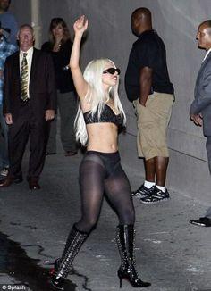 En una más de sus excentricidades, la cantante Lady Gaga se mandó uno de esos…