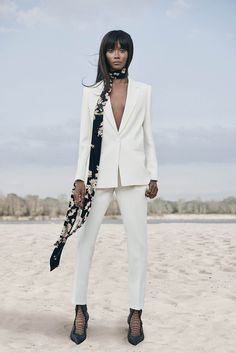 Magda Butrym is a luxury ready-to-wear brand and already achieving wide international acclaim. The brand combines modern fashion design to create fashion pieces with a Magda Butrym, Street Style Summer, Bergdorf Goodman, City Chic, Spring Summer 2016, Ready To Wear, Duster Coat, Blazer, Womens Fashion