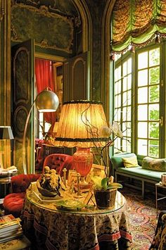 This is the first picture I have seen with daylight. The Ornano Family's flat in Paris