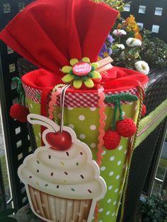 Kirsche & Cupcake - Schultüte/ Zuckertüte von XBergDesign2 auf DaWanda.com