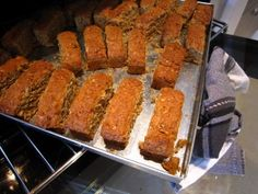 Apparently the best tasting rusks on the planet - gotta try these! South African Recipes, Specialty Foods, Cheryl, Farmers Market, Kos, Great Recipes, Cake Recipes, Breads, Biscuits