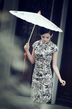 #cheongsam  Sometimes, I wish I could read your mind. But I'm afraid that I couldn't handle the truth.