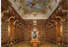 E' l'abbazia di Adso da Melk, il protagonista de Il nome della rosa di Umberto Eco. Qui anziano, nella biblioteca, scrive le sue memorie.