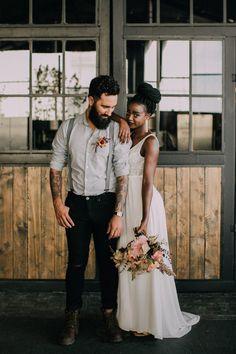 Urban wedding moments with a boho bride and soft peachy flowers. Boho Bride, Boho Wedding, Grey And Gold, Jack Black, Bridesmaid Dresses, Wedding Dresses, Wedding Moments, Rock And Roll, Tulle