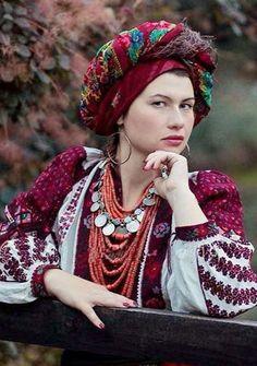 #Ukrainian #embroidery #shirt #Українська сорочка