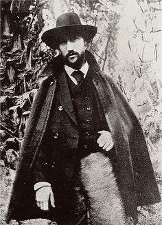 """Gide 1893.Sait Faik'in """"O beni kendime alıştıran yazardır."""" dediği André Gide, Fikret Ürgüp'e göre geleneklere isyan edip, toplum tarafından dışlanmış insanların yaşama hakkını savunduğu için yazarı etkilemişti."""
