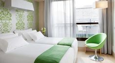 NH Madrid Principe de Vergara Madrid This design hotel is in Madrid's elegant Salamanca District, 200 metres from Avenida de América Metro Station. It offers free WiFi, a gym and air-conditioned rooms with satellite TV and pillow menu.