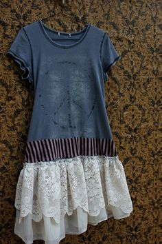 Upcycled TShirt Dress - Cute idea for a Tshirt that's too long to wear with jeans and too short for a tunic. LOVE the added lace!
