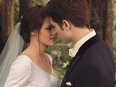 "Best Kiss Winner 2012 MTV Movie Awards--Kristen Stewart and Robert Pattinson in ""The Twilight Saga: Breaking Dawn"""