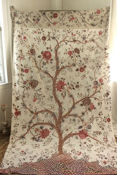 Lovely vintage Palampore Tree of Life printed cotton fabric  ~ lovely reproduction of a much earlier 18th century Indian printed / painted chintz.