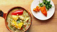 """Prueba esta tradicional y sencilla sopa Peruana llamada """"Aguadito de pollo""""."""