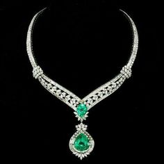 Elizabeth Taylor Masterpiece 91.78 Ct Colombian Emerald and Diamond Necklace she personally designed.