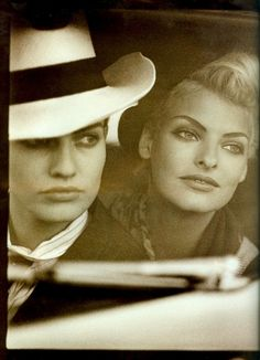 ☆ Karen Mulder & Linda Evangelista | Photography by Peter Lindbergh | For Vogue Magazine UK | May 1991 ☆ #Karen_Mulder #Linda_Evangelista #Peter_Lindbergh #Vogue #1991