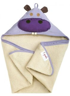 Tolles Handtuch für Kinder: 3 Sprouts Kapuzenbadetuch Nilpferd Lila. Mehr Infos auf https://www.kleinefabriek.com/.