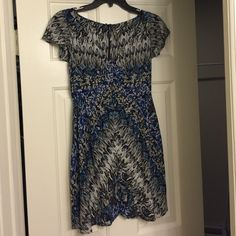 Free People dress EUC! Never worn by me, re-posh because it's way too short on me  Gorgeous floral print with flutter sleeves and zipper closure in the back. Free People Dresses
