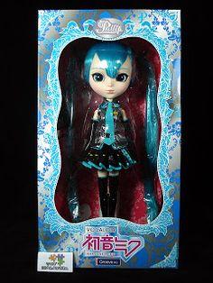 My Dark Wonderland: Hatsune Miku Pullip Doll