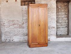 interior design recupero vecchio mobile in legno con 4 ante ... - Mensole Con Legno Vecchio