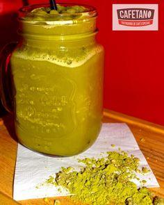   Matcha Frozen  Además de tener un alto contenido de antioxidantes el té verde Matcha posee ciertos beneficios que harán de tu cuerpo una base sólida contra enfermedades! #cafetano #cafepiadoso #tostaduria #tostaduriadecafe #coffee #cappuccino #coffeelover #coffeeroasters #hario #gourmetcoffee #tegucigalpa #honduras #coffeeporn #instacoffee #matchatea #tea #healthy http://ift.tt/20b7VYo
