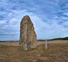 menhir, Holašovice v jižních Čechách, ČR