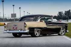 A Comic Book Illustrator's Take on the Perfect 1955 Chevy 210 - Hot Rod Network 1955 Chevy, 1955 Chevrolet, Chevrolet Bel Air, Hot Rods, Classic Hot Rod, Classic Cars, Vintage Cars, Antique Cars, Chevy Muscle Cars