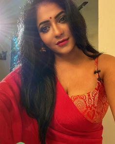 Actress Reshma Pasupuleti instagram - Photos, Stills, Images, Pics Beautiful Blonde Girl, Beautiful Girl Indian, Most Beautiful Indian Actress, Beautiful Girl Image, Beautiful Actresses, Beautiful Saree, Beautiful Women, Beauty Full Girl, Beauty Women