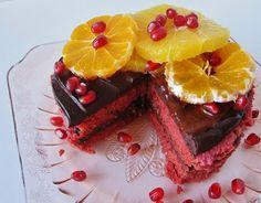 Fragrant Vanilla Cake: Raw Red Velvet Cake with Citrus and Pomegranate