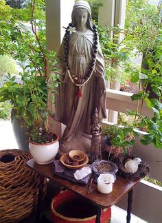 Front Porch Summer Altar by Anahata Katkin / PAPAYA Inc., via Flickr