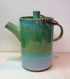 Stoneware teapot Annie Jennings