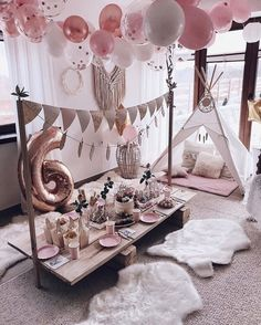 Loving this glamping inspired party setup 💗✨ Do you feel the coziness? Sleepover Birthday Parties, Girl Sleepover, Birthday Party Decorations, Birthday Party At Home, Baptism Decorations, Picnic Birthday, Soirée Pyjama Party, Pajama Party Grown Up, Teepee Party
