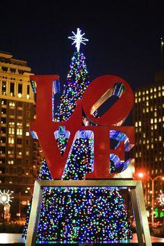 Christmas in LOVE Park. Philadelphia Christmas In The City, Christmas Time, Merry Christmas, Xmas, Hallmark Christmas, Holiday Lights, Christmas Lights, Gomez, Love Park