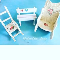 #shabychic #shaby #miniature #decor #ornaments #artwork #diy #diseño #diycrafts #handmade #handcraft #hechoamano #cute #craft #crafting #manualidades #servilletas #servilletasdepapel #design #decoupage #decoupageart #chair #flowers #roses #decoupagepaper