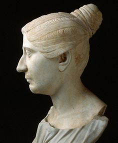 The roman tutulus was a female hairstyle for a married woman. Hair was arranged near to top of head and was wrapped in cloth bindings which pulled into a bun. Ancient Rome, Ancient Greece, Ancient Art, Ancient History, Roman Hairstyles, Roman Clothes, Roman Sculpture, Classical Antiquity, Roman History