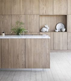 Modern wood furniture is an elegant and versatile way to combine sleek, contemporary design aesthetic with a more classic and … Grey Kitchen Designs, Modern Kitchen Design, Interior Design Kitchen, Rustic Kitchen, New Kitchen, Kitchen Paint, Kitchen Furniture, Wood Furniture, Furniture Outlet
