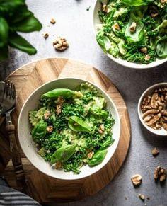 Aardbeien kwarktaart | Eef Kookt Zo Palak Paneer, Guacamole, Broccoli, Ethnic Recipes, Food, Zucchini, Seeds, Essen, Meals