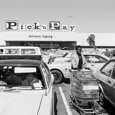 "The South African photographer David Goldblatt revisits white, middle-class life under apartheid in a new edition of his 1982 book, ""In Boksburg. Street Photography, Landscape Photography, David Goldblatt, Johannesburg City, South African Flag, Apartheid, Photo Report, Historical Pictures, African History"