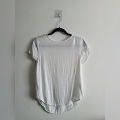e51f990a95ff WHITE H&M TOP • White plain H&M top • UK women's size