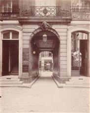Hôtel de Montholon, 79 rue du Temple. Paris (IIIrd arrondissement). Photograph…
