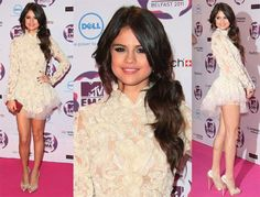 love this hairr and dress.. and shoes