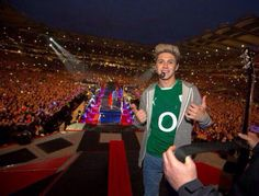 Niall Horan - he looks a lot like greg here I think Niall Horan, Might Night, Croke Park, Where We Are Tour, Le Figaro, Five Guys, James Horan, I Love One Direction, 1d And 5sos
