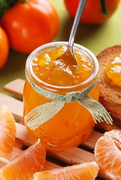 Discover recipes, home ideas, style inspiration and other ideas to try. Jam Recipes, Low Carb Recipes, Sweet Recipes, Cooking Recipes, Chutneys, Healthy Eating Tips, Healthy Nutrition, Clementine Jam, Butter