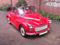 Morris Minor 1000 Convertible (1967) Vintage Cars, Antique Cars, Jensen Interceptor, Automobile, Morris Minor, Car Pics, Car Wheels, City Photography, Love Photos