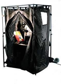 Some people turn their bathrooms into darkrooms to have the chance to do film developing themselves. Some even sacrifice their clothes and use their walk-in closets as a darkroom. But what if you don't have enough space to have a darkroom in your tiny apartment? Consider the portable darkroom!